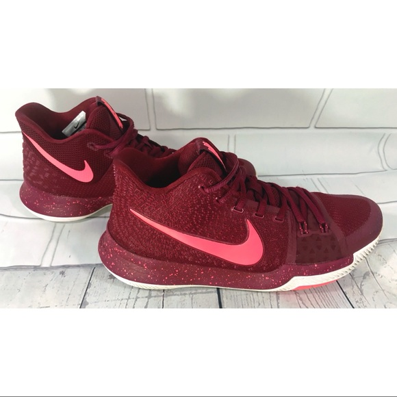 137bbd853436 Nike Kyrie Irving 3 Team Red Hot Punch 852395-681.  M 5bcca4e01b32944ee4dc4e32